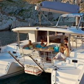 Catamaran Lagoon 400 – One way Athens – Mykonos